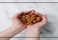 Know the benefits of eating a few almonds a day